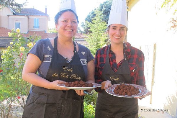 Cook travel: combine French and cooking learning